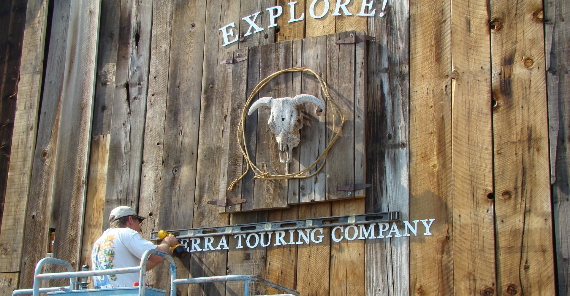 About Explore Sierra Touring Company